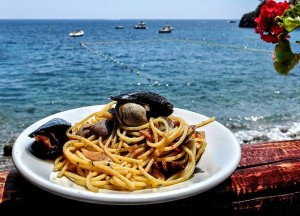 CIBO: Spaghetti alla marinara ad Amalfi di Diana Cocco
